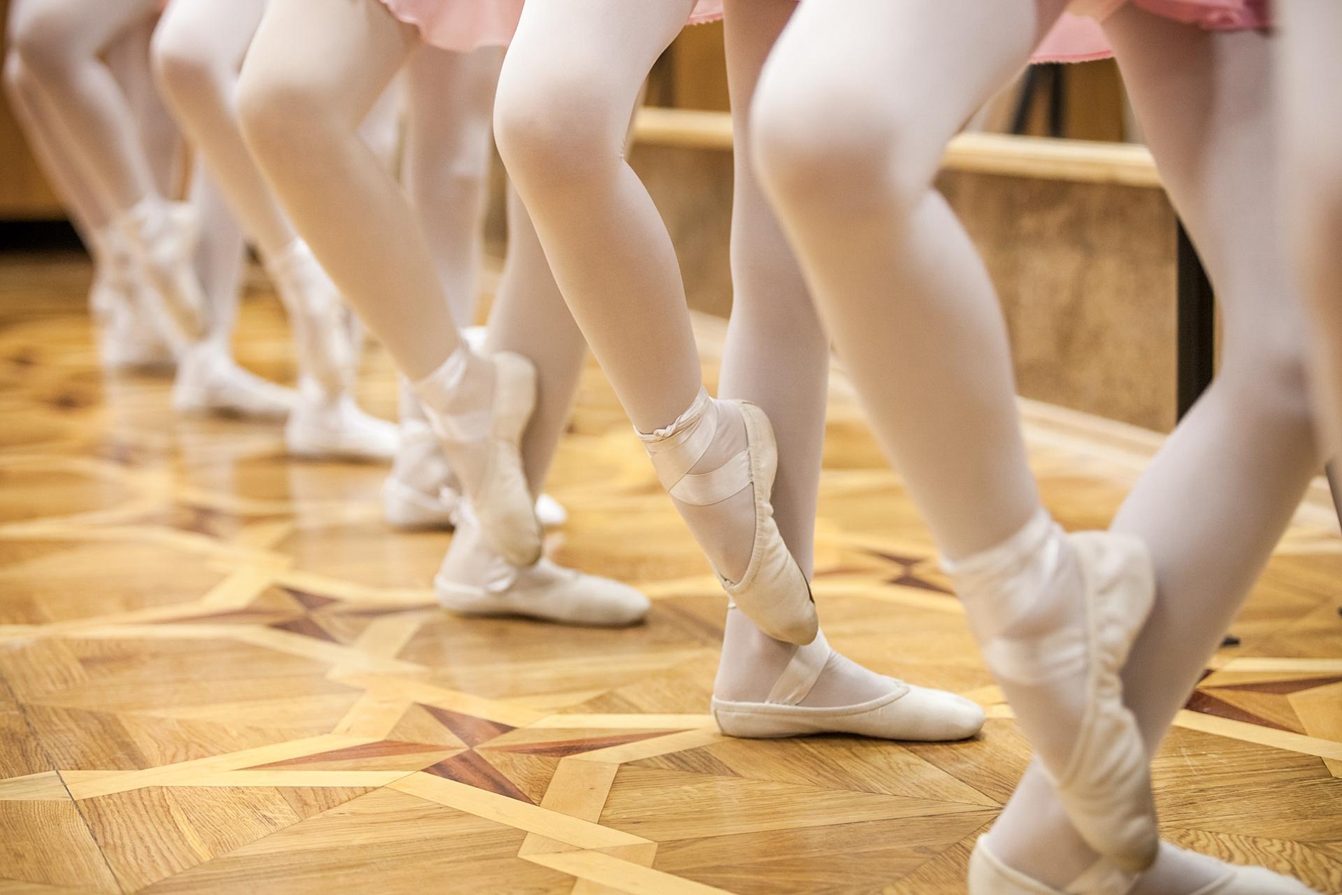 turnout in ballet